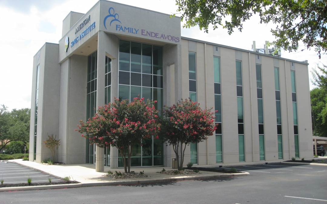 Dezavala Office Building