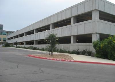 UT Health Science Center Parking Garage